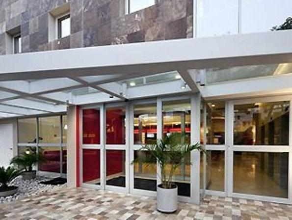 Ibis Larco Miraflores - Hotels and Accommodation in Peru, South America