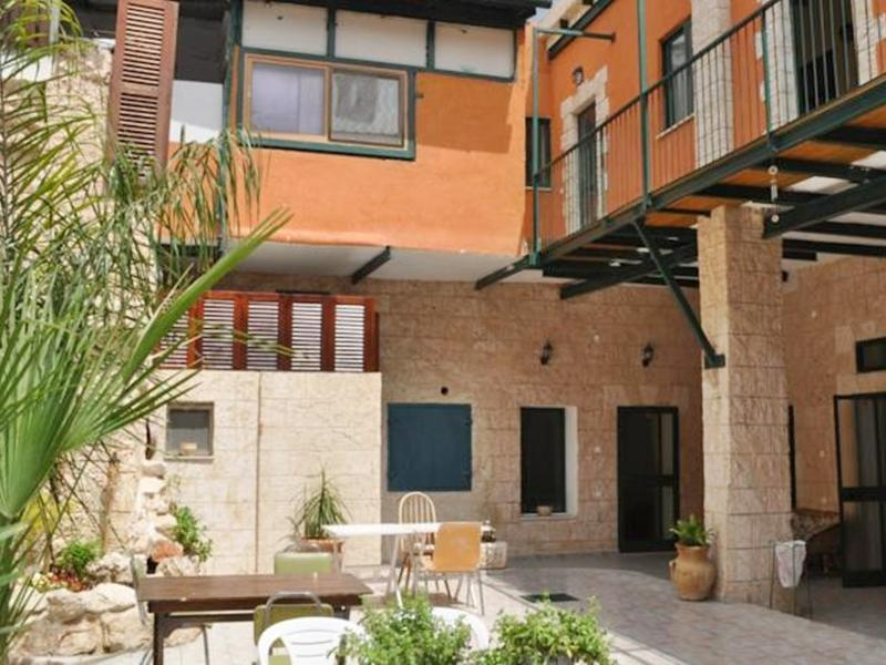 Yafo 82 Guesthouse - Hotels and Accommodation in Israel, Middle East
