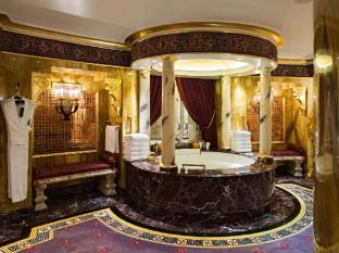 Burj Al Arab Hotel Dubai - Royal Suite Bathroom