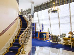 Burj Al Arab Hotel Dubai - Club Suite Living Area