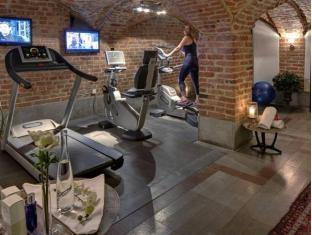 First Hotel Reisen Stockholm - Fitness Room