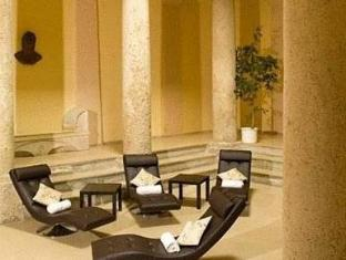 Hotel Sauerhof Baden - Hotellet från insidan