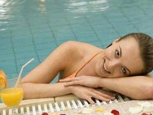 Hotel Sauerhof Baden - Pool