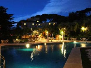 Grand Hotel Villa Fiorio Rome - Swimming pool