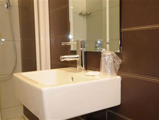 Grand Hotel Leveque Parijs - Badkamer