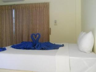 Massuwan House Phuket - Guest Room