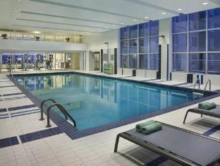 Courtyard By Marriott Calgary Airport Hotel Calgary (AB) - Swimming Pool