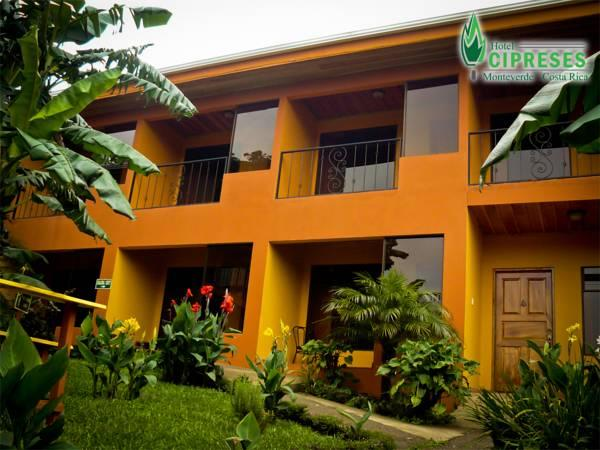 Hotel Cipreses - Hotels and Accommodation in Costa Rica, Central America And Caribbean