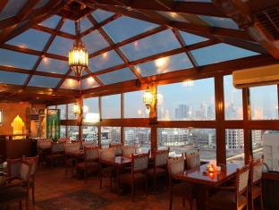 Sea View Hotel Dubai - Food, drink and entertainment