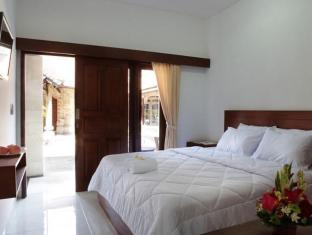 Puri Jayaraja Guest House Bali - Guest Room