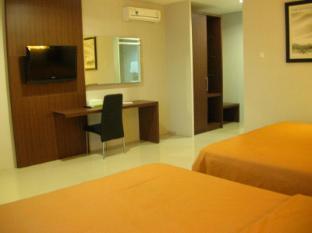 Villa Diamond Bandung - Guest Room