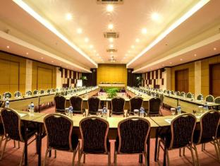 Kuta Central Park Hotel Bali - Meeting U shape style