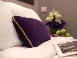 V Hotel Bencoolen Singapore - Premier Room