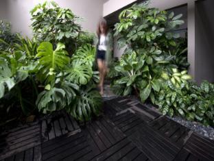 V Hotel Bencoolen Singapur - Interior de l'hotel