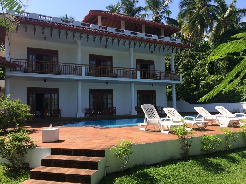 Waterside Bentota Hotel - Hotels and Accommodation in Sri Lanka, Asia