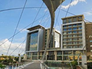 The Residences Crystal Towers Kapstaden - Hotellet från utsidan