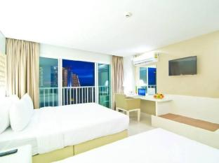 The Ivory Villa Pattaya - Deluxe Sea View