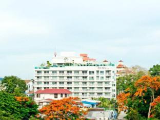 The Ivory Villa Pattaya - Exterior