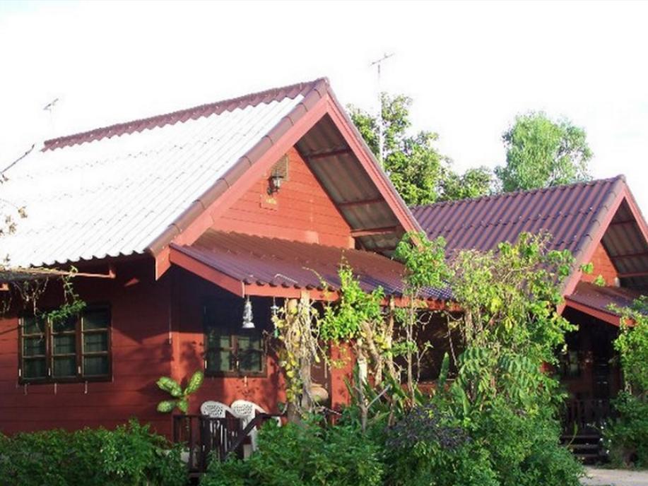 Hotell La-Mun Ban Puk Hotel i , Sirinthon. Klicka för att läsa mer och skicka bokningsförfrågan