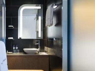 Hotel Pennington by Rhombus Hong Kong - Bathroom