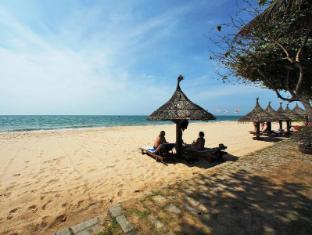 Saigon Mui Ne Resort Phan Thiet - Beach