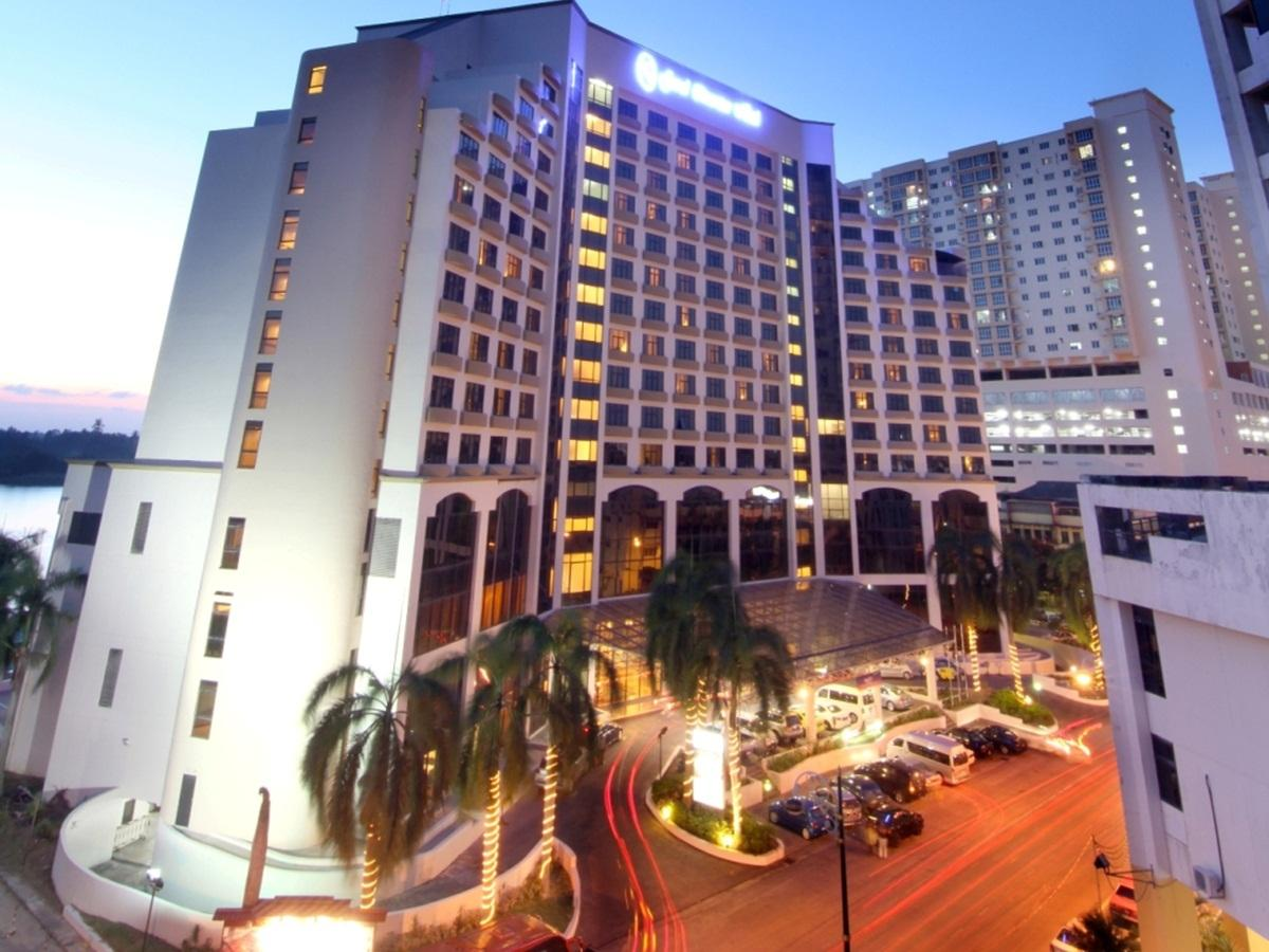 Grand riverview hotel kota bharu city centre kota bharu for The riverview