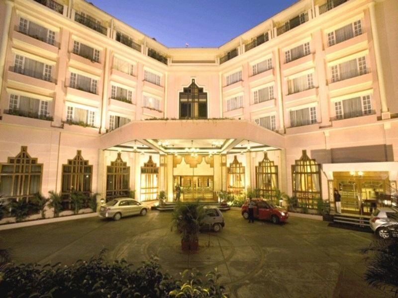 The Chancery Hotel - Hotel and accommodation in India in Bengaluru / Bangalore