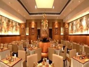 Peerless Inn Kolkata / Calcutta - Oceanic Restaurant