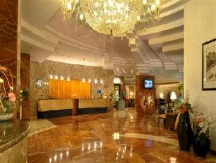 Peerless Inn Kolkata / Calcutta - Lobby