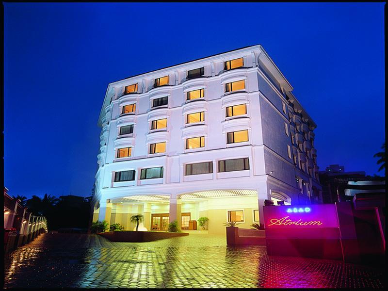 Abad Atrium Hotel - Hotell och Boende i Indien i Kochi / Cochin