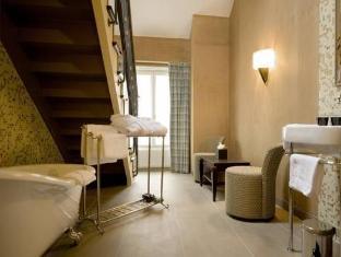 Hotel Jardin de l'Odeon Paris - Hotellet från insidan