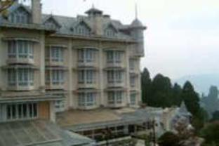 Hotel Cedar Inn - Hotel and accommodation in India in Darjeeling