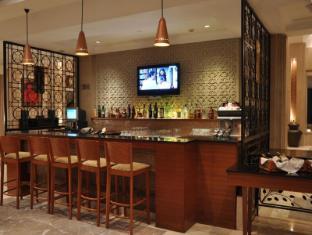 The Uppal - An Ecotel Hotel New Delhi and NCR - Bar