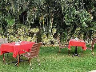 Nizmar Resort North Goa - Oriental Garden Cusion