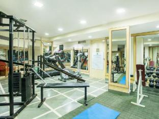 Whispering Palms Beach Resort Norra Goa - Gym