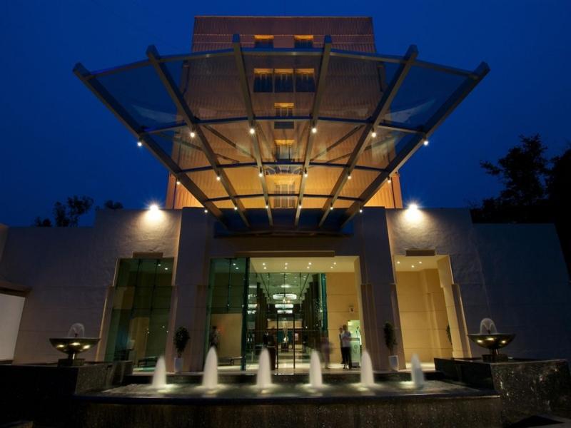 Vivanta by Taj - Blue Diamond - Hotell och Boende i Indien i Pune