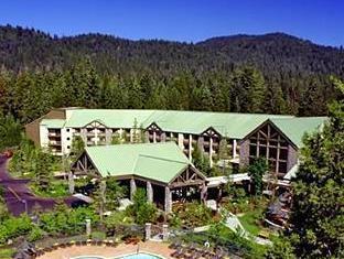 Tenaya lodge fish camp ca united states for Fish camp ca hotels