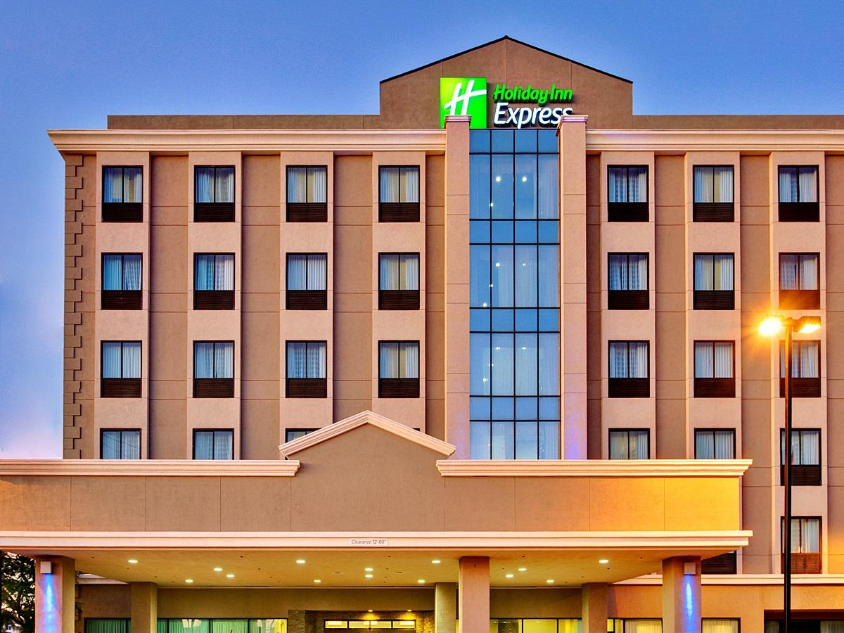 Holiday Inn Express Los Angeles Airport Hotel