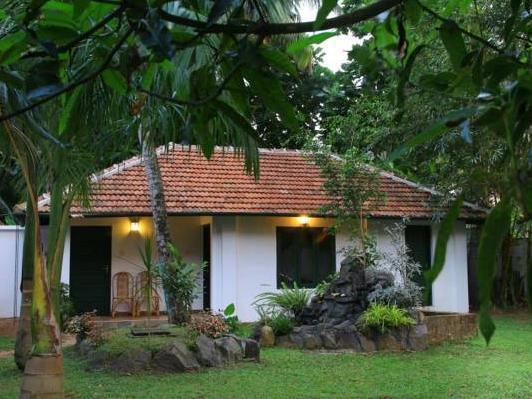 Aurum Elphinstone Residency
