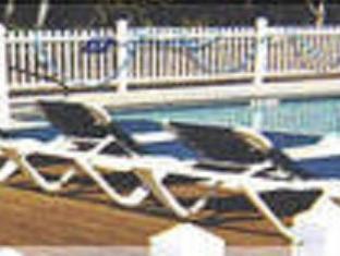 Black Horse Inn לינקולנוויל - בריכת שחיה