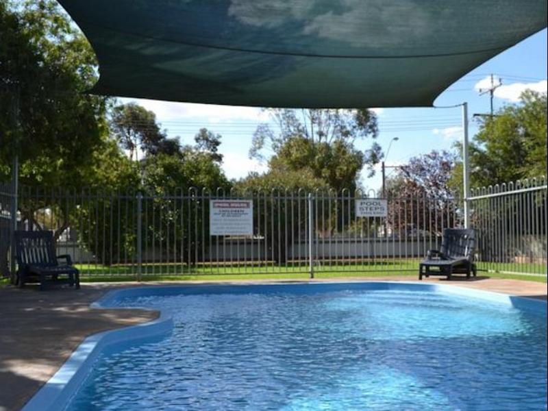Sturt Motel - Hotell och Boende i Australien , Broken Hill