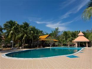Chumphon Buadara Resort - Hotels and Accommodation in Thailand, Asia