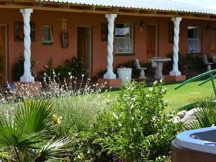 Royal De Swan Guesthouse