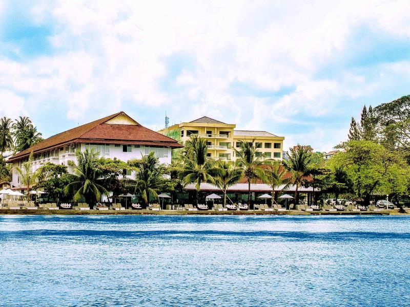 Queenco Casino and Hotel
