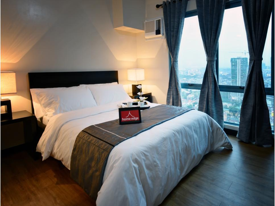 Home Edge Serviced Apartments Makati - Hotels and Accommodation in Philippines, Asia
