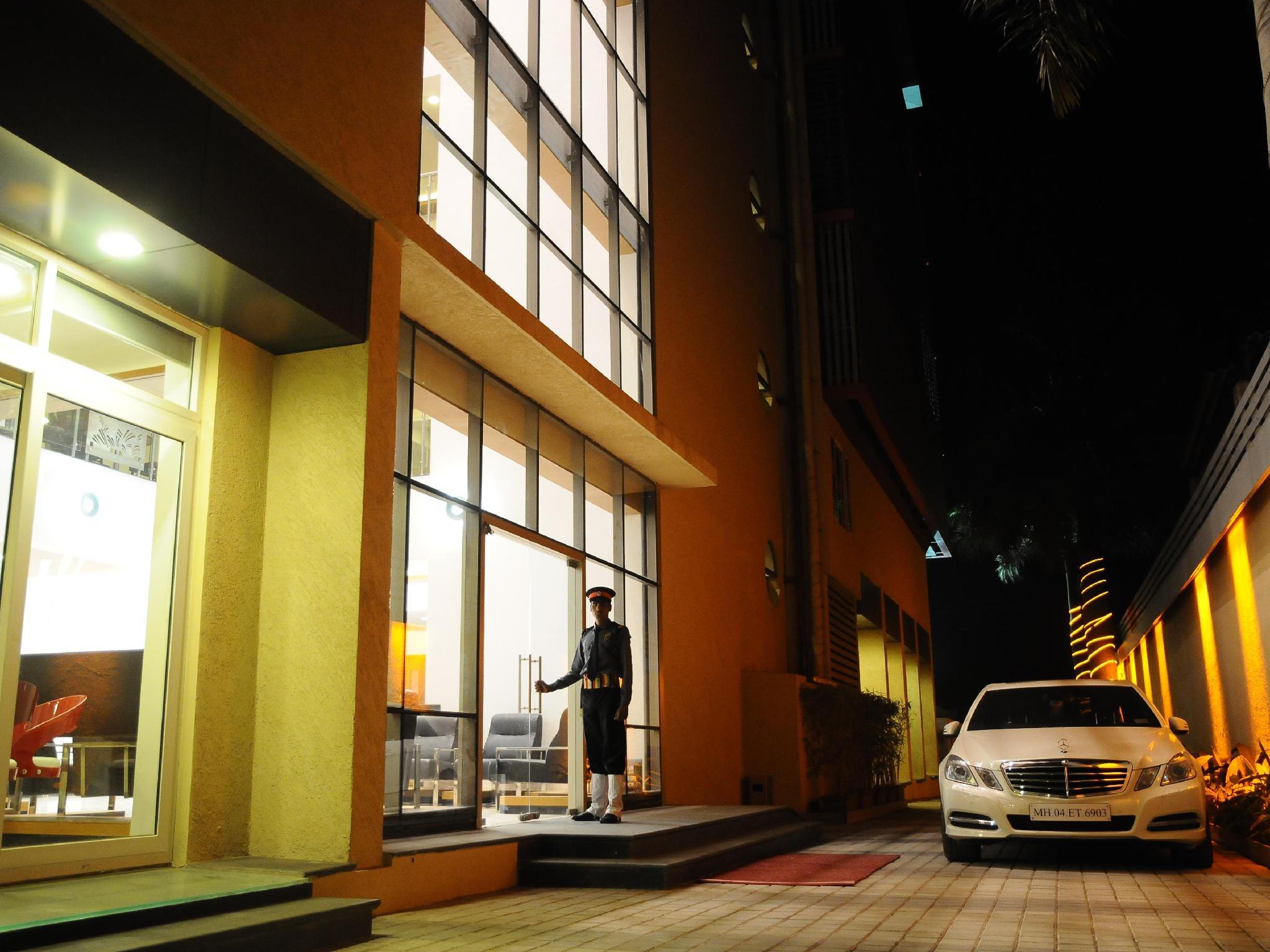 HI 5 Hotel - Nasik