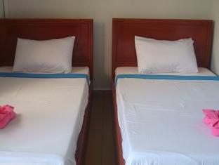 White Beach Bungalows Sihanoukville - Classic Twin