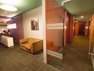 Madison Square Garden Hotel Manila - Waiting Area