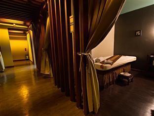 Madison Square Garden Hotel Manila - Spa Room
