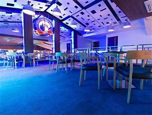 Madison Square Garden Hotel Manila - Gaming Cafe